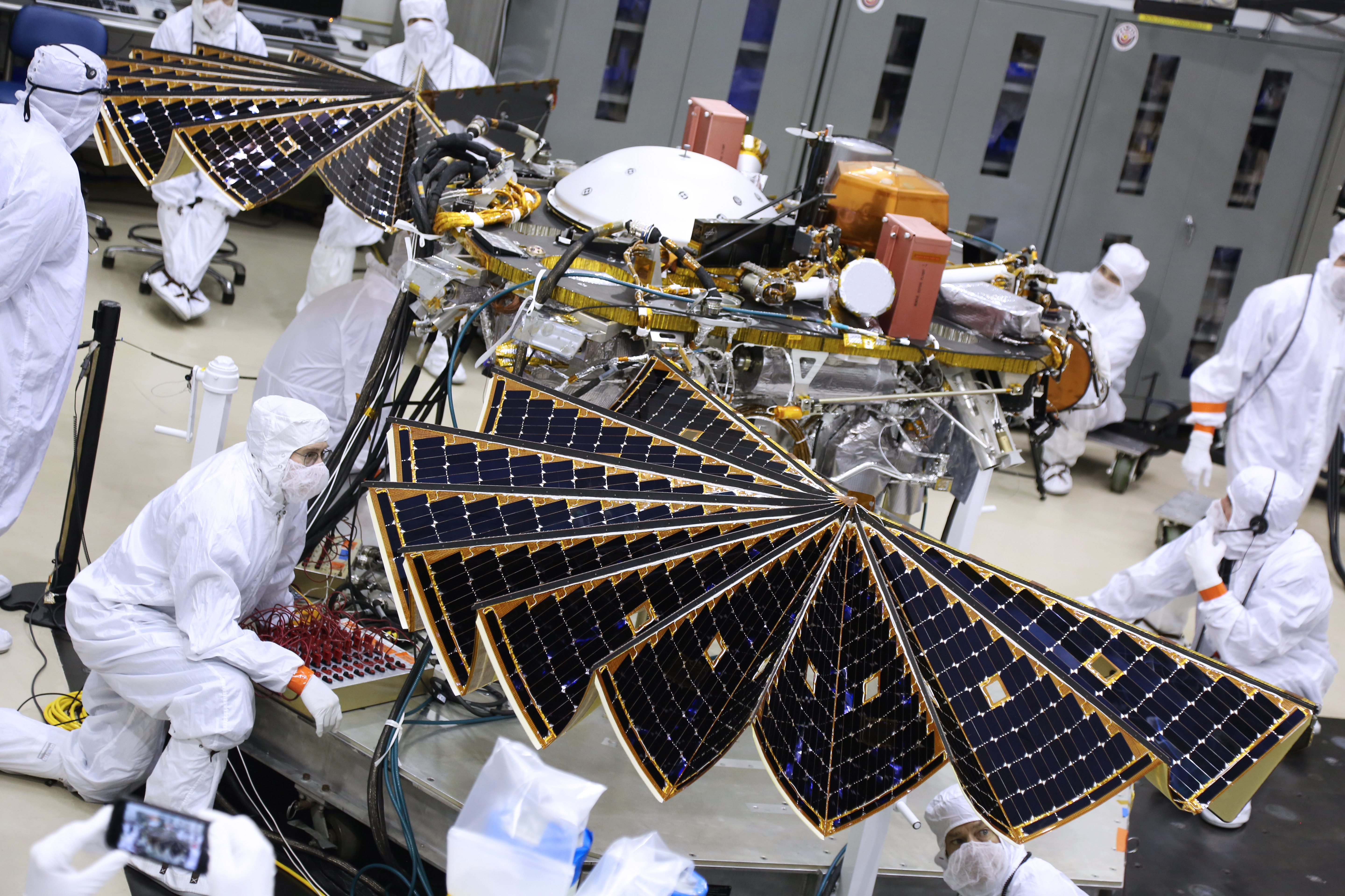 insight_solar_array_panel_main-full-e-nsight-blog
